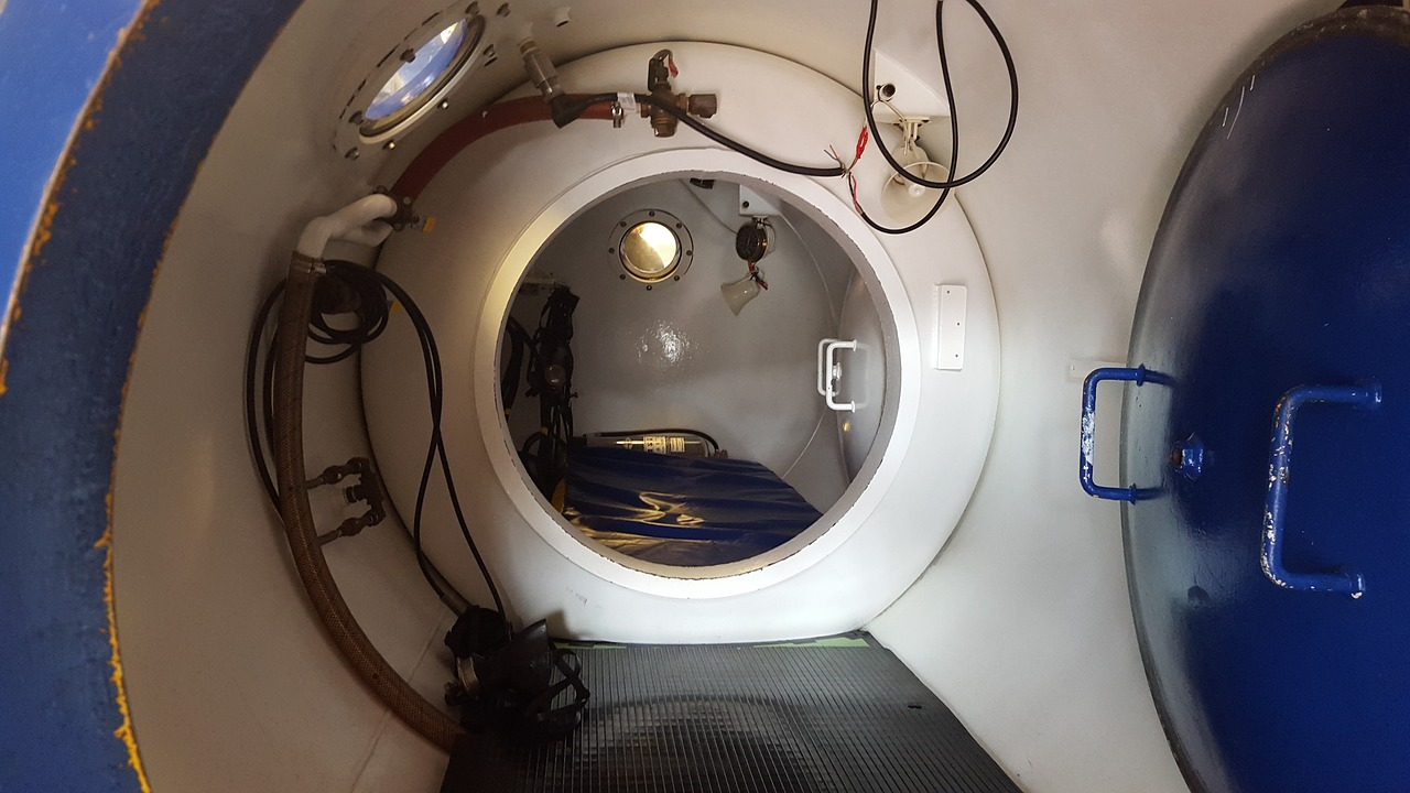 A Decompression Chamber is available in Phuket in case of DCS