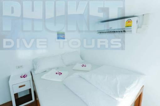 Richelieu rock overnight trip bedroom