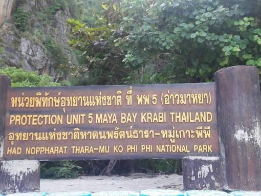 Koh Phi Phi national park maya bay