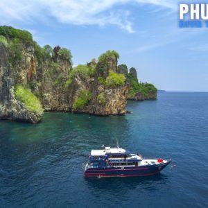 Phi Phi Islands scuba divin