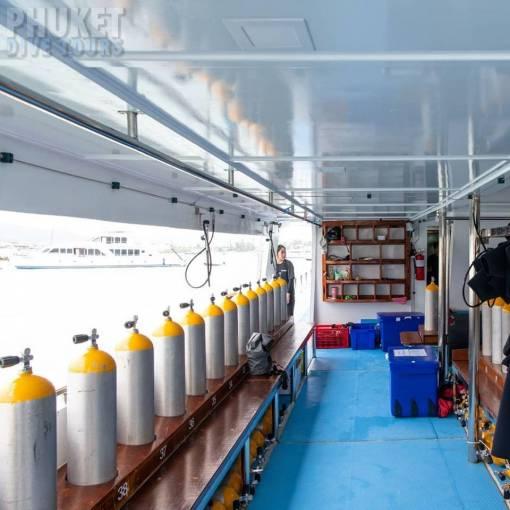 Phi Phi diving boat dive deck area