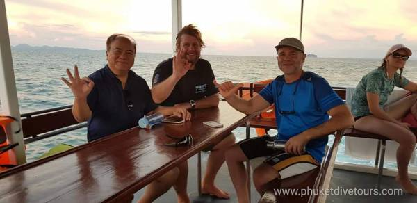 Phi Phi diving day trip from phuket dive tours