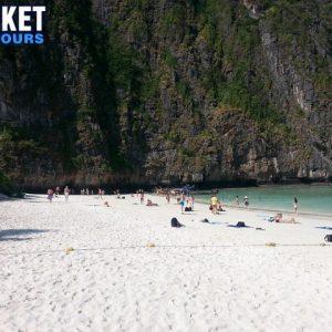 Phi Phi island tour - Phuket snorkeling