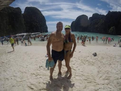 Phi Phi speedbioat trip to the beach