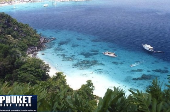 Phuket_dive_tours_similan_islands_amazing_beach_view