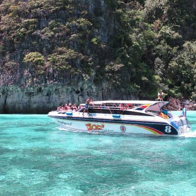 Phuket Private Speedboat to Phi-Phi and other islands by Phuket Dive Tours