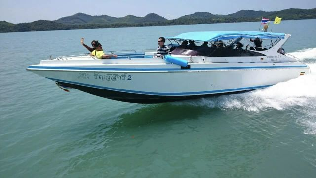 Phuket private speedboat charter phuket dive tours for Green boat and motor