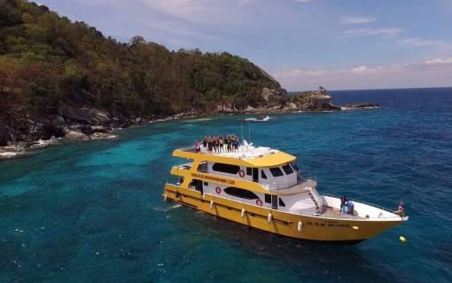 Racha Noi Scuba diving Day Trip boat