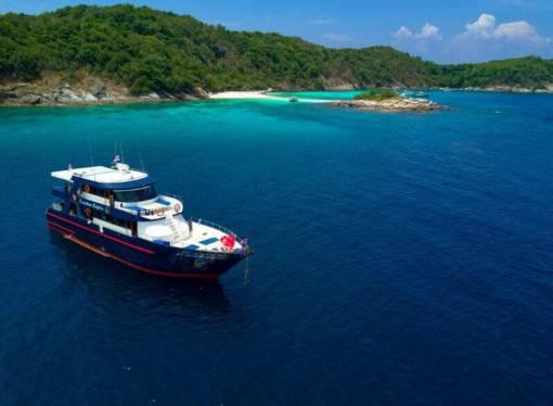 Racha Noi scuba diving 3 dive day trip boat