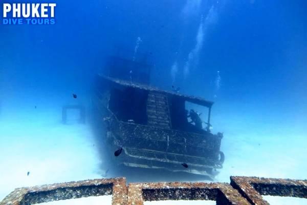 Racha Yai island wreck dive Phuket