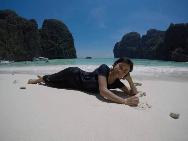 Relaxing on Maya Bay
