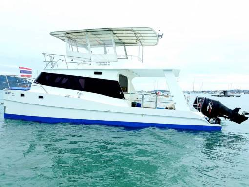 Private dive boat phuket