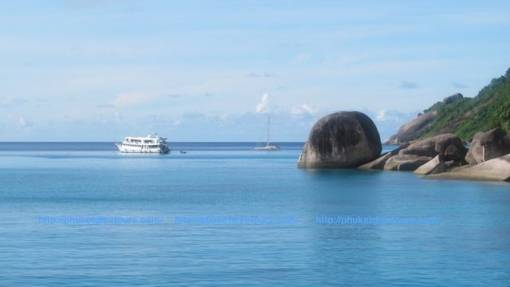 diving_safari_similan_liveaboards_departs_from_phuket