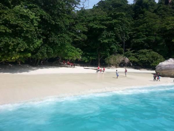 island # 4 similan islands