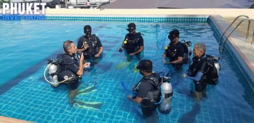 learning the basics for scuba diving