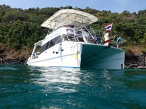 phuket scuba diving private charter