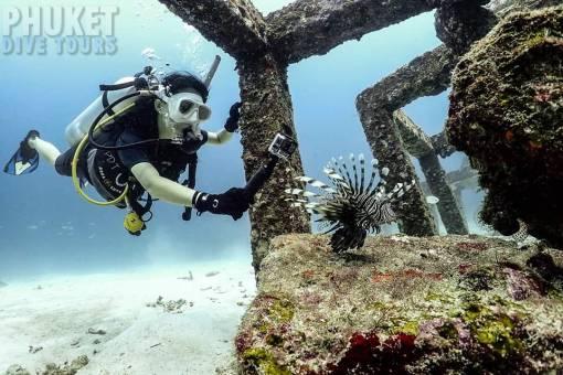 racha yai diving phuket