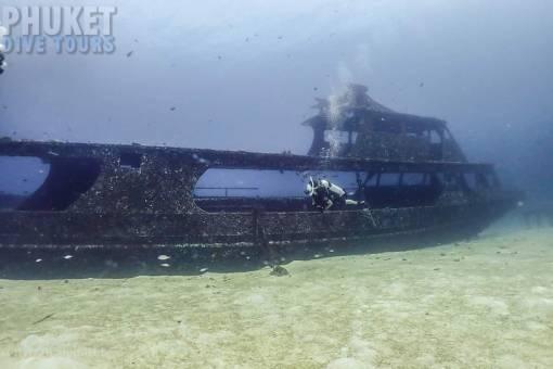 ship wreck at Racha Yai